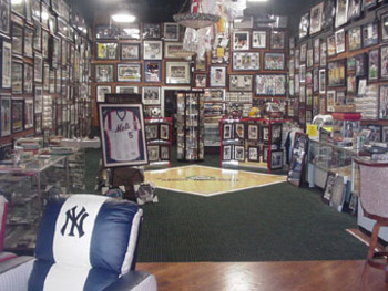 http://www.2-clicks-sportsmemorabilia.com/article/how-to-buy-sports-autographs.html