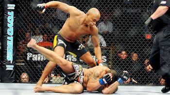 Anderson Silva beats down James Irvin.  Credit: bloodyelbow.com