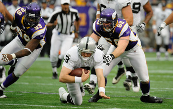 Carson Palmer fighting for yards