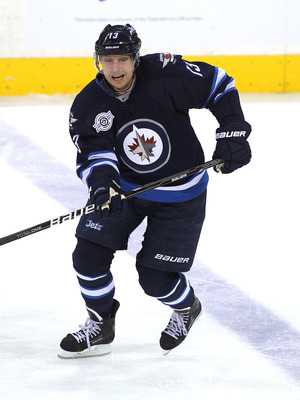 Wellwood amassed a career high 47 points last season for Winnipeg