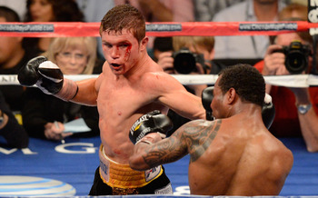 Saul &quot;Canelo&quot; Alvarez fighting &quot;Sugar&quot; Shane Mosley
