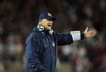 STANFORD, CA - NOVEMBER 19:  Head coach Jeff Tedford of the California Golden Bears walks the sidelines during their game against the Stanford Cardinal at Stanford Stadium on November 19, 2011 in Stanford, California.  (Photo by Ezra Shaw/Getty Images)