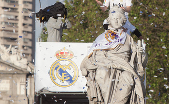 Real Madrid Celebrating Victory In La Liga