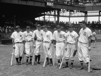 Lou Gehrig (pictured far left) poses with other AL Stars prior to start of 1937 All-Star Game. Photo courtesy thecommoncosmonaut.blogspot.com