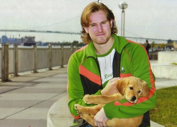 photo: hockeyplayerswithpets.tumblr.com