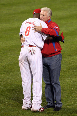 A shot of Schmidt and Ryan Howard from the 2009 World Series.