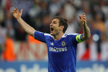 MUNICH, GERMANY - MAY 19:  Frank Lampard of Chelsea celebrates after their victory in the UEFA Champions League Final between FC Bayern Muenchen and Chelsea at the Fussball Arena München on May 19, 2012 in Munich, Germany.  (Photo by Alex Livesey/Getty Im