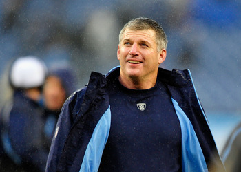 Head coach Mike Munchak should be expecting playoffs in 2012.