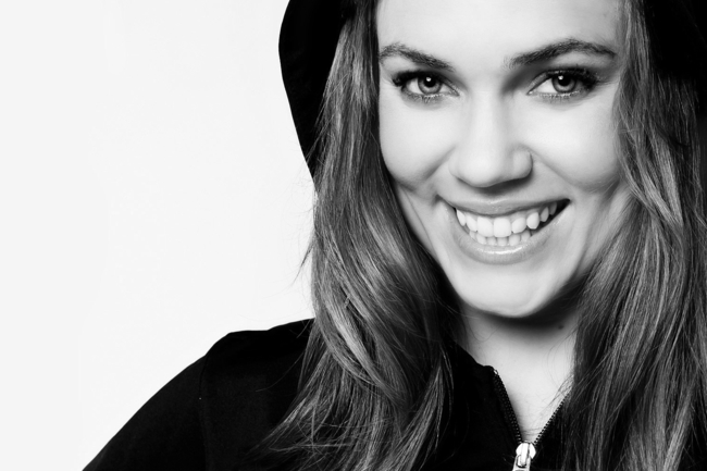 Natalie-coughlin-black-and-white_crop_650