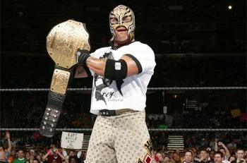 Rey-mysterio-with-championship-belt_display_image_display_image