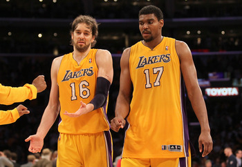 Pau is the Spaniard on the left.
