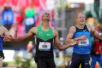 Ashton Eaton (green and black)