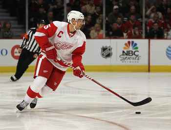 Nick Lidstrom's Wings fell short in 2009.