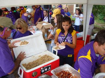 Lsutailgating_display_image
