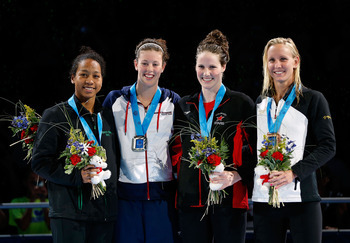 Lia Neal (Far Left), Missy Franklin (2nd From Right)
