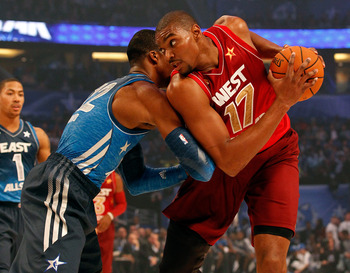 Dwight Howard and Andrew Bynum battle at the 2012 All-Star Game