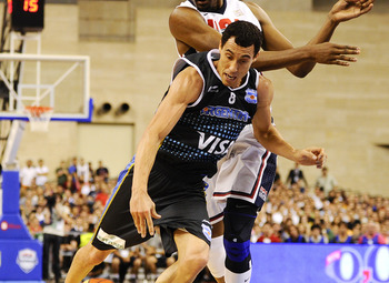 Prigioni (ARG) will lead his team to the bronze.