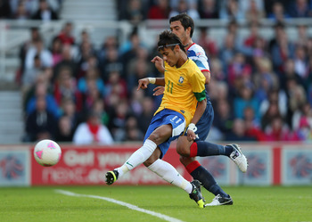 MIDDLESBROUGH, ENGLAND - JULY 20:  Neymar of Brazil shoots at goal during the international friendly match between Team GB and Brazil at Riverside Stadium on July 20, 2012 in Middlesbrough, England.  (Photo by Julian Finney/Getty Images)