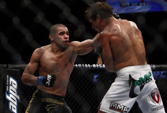Renanbarao2estherlinmmafighting7-22-12_crop_650x440