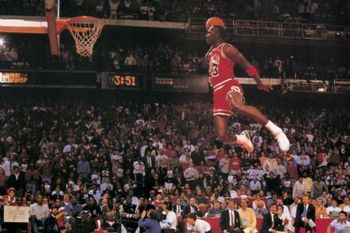 Michael-jordan-dunking_display_image
