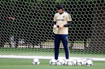 PHILADELPHIA, PA - JULY 23:  Petr Cech #1 of Chelsea FC takes part in a training session prior to the 2012 MLS All-Star Game at NovaCare Complex on July 23, 2012 in Philadelphia, Pennsylvania.  (Photo by Patrick McDermott/Getty Images)