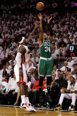 Paul Pierce can hit a dagger three with the best of them.