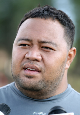What kind of impact will the acquistion of Deuce Lutui have?
