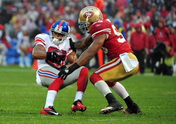 Think Patrick Willis is making this tackle? Think again.