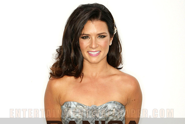 11danicapatrick-entertainmentwallpaper_crop_650