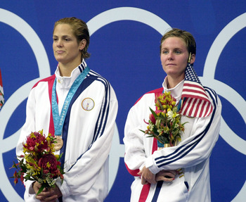 Dara Torres and Jenny Thompson on the podium in Sydney.
