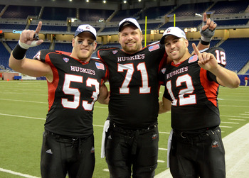 Center Scott Wedige (71) helped lead Northern Illinois to a MAC title.