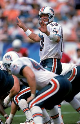Dan Marino quiets down the crowd during one of his many 2-minute drills.