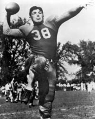 Arnie Herber led the NFL in passing three times with the Packers Photo credit: packers.wikia.com