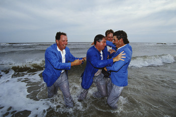 1991 Ryder Cup team hits the beach.