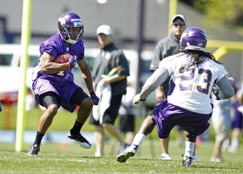 Jarius Wright in the open field