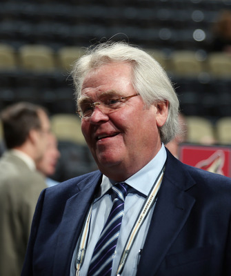Rangers GM Glen Sather