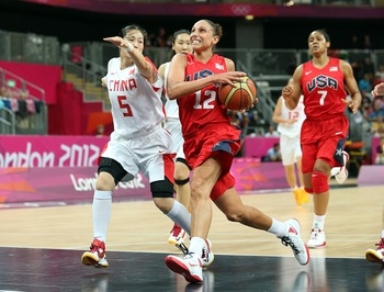 Diana Taurasi and the U.S. women's basketball team sprinted by China.