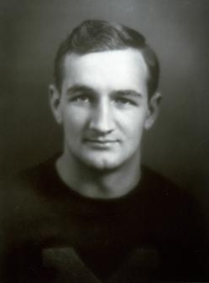 http://bentley.umich.edu/athdept/football/fballam/aaharmon.htm