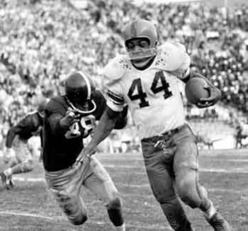 http://www.sportsvideodaily.com/wp/index.php/2011/09/22/sept-22-1956-jim-brown-leads-syracuse-over-maryland/