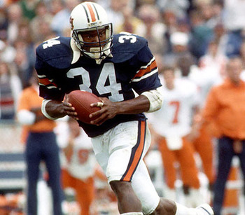 http://www.operationsports.com/forums/ncaa-football-rosters/495124-creating-bo-jackson-auburn-tigers.html