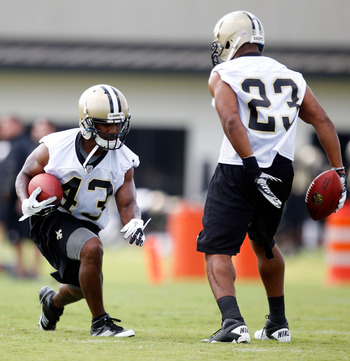 Darren Sproles (43) and Pierre Thomas (23) give the Saints plenty of options