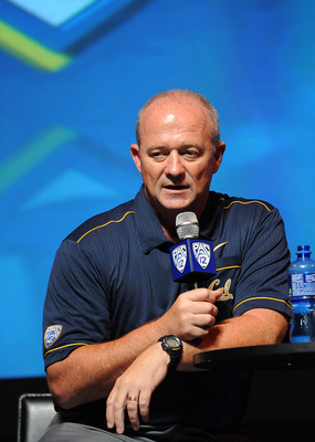 Head coach Jeff Tedford at Pac-12 media day