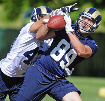 St. Louis Rams tight end Mike McNeill (89) catches during minicamp. Credit: Jeff Curry-US PRESSWIRE