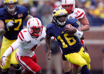 Denard Robinson could tie Anthony Thomas as Michigan's career-leader in rushing touchdowns.