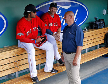 Terry Francona makes and unnanounced visit to the Red Sox clubhouse.