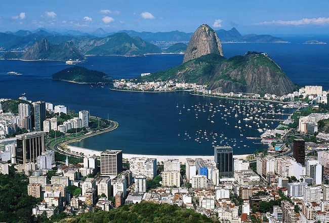 Corcovado_overlooking_rio_de_janeiro_brazil_original_crop_650x440