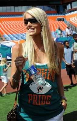 Hopefully we'll see more of Lauren Tannehill...
