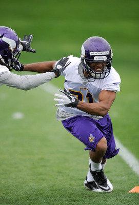 EDEN PRAIRIE, MN - MAY 04: Josh Robinson #31 of the Minnesota Vikings runs through a play during a rookie minicamp on May 4, 2012 at Winter Park in Eden Prairie, Minnesota. (Photo by Hannah Foslien/Getty Images)