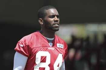 Randy Moss will stretch the field for the 49ers' offense
