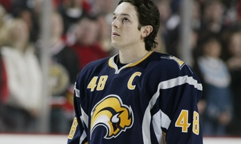 Photo from http://blogs.thescore.com/nhl/2011/07/22/when-radical-jersey-changes-attack-2-electric-buffaslug/
